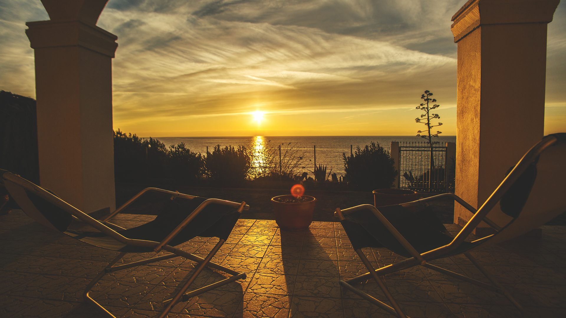 sunset veranda villa moby dick