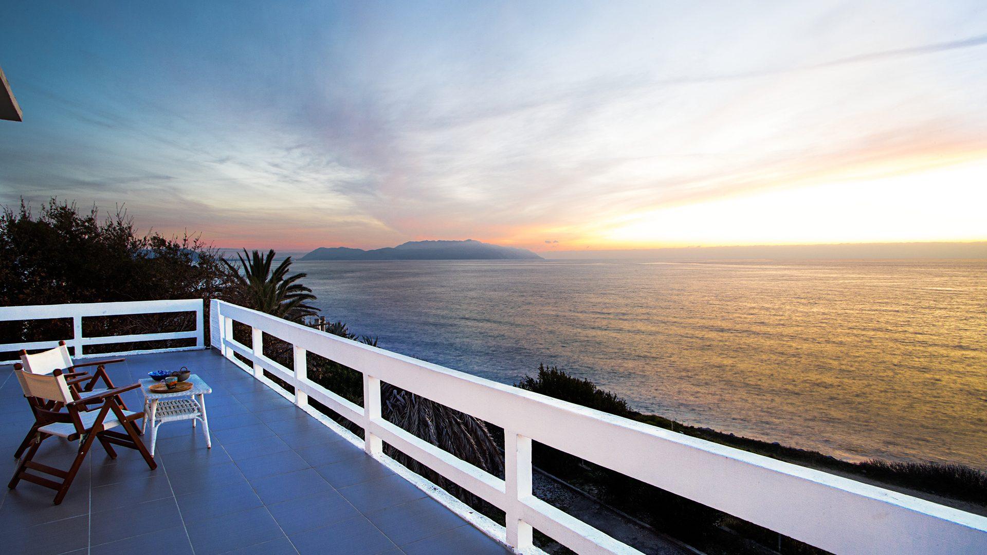 balcony view villa moby dick